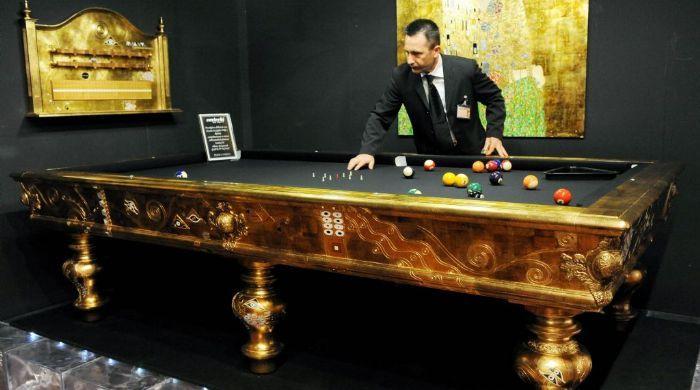 Feria de lujos extravagantes euromontepio for Mesas de billar de lujo